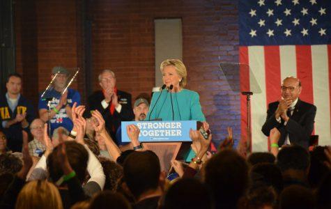 Clinton Visits Manchester
