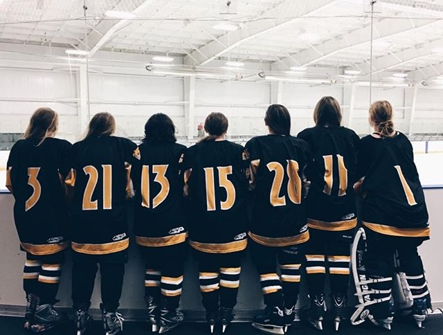 Girls+Ice+Hockey+Team+off+to+a+Good+Start