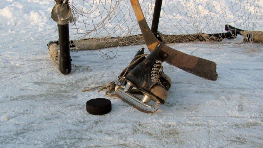 Tough+Loss+for+Souhegan+Girl%27s+Hockey+Team