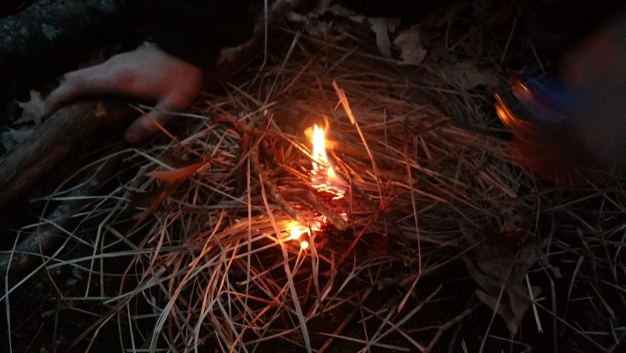 How+to+make+a+campfire.
