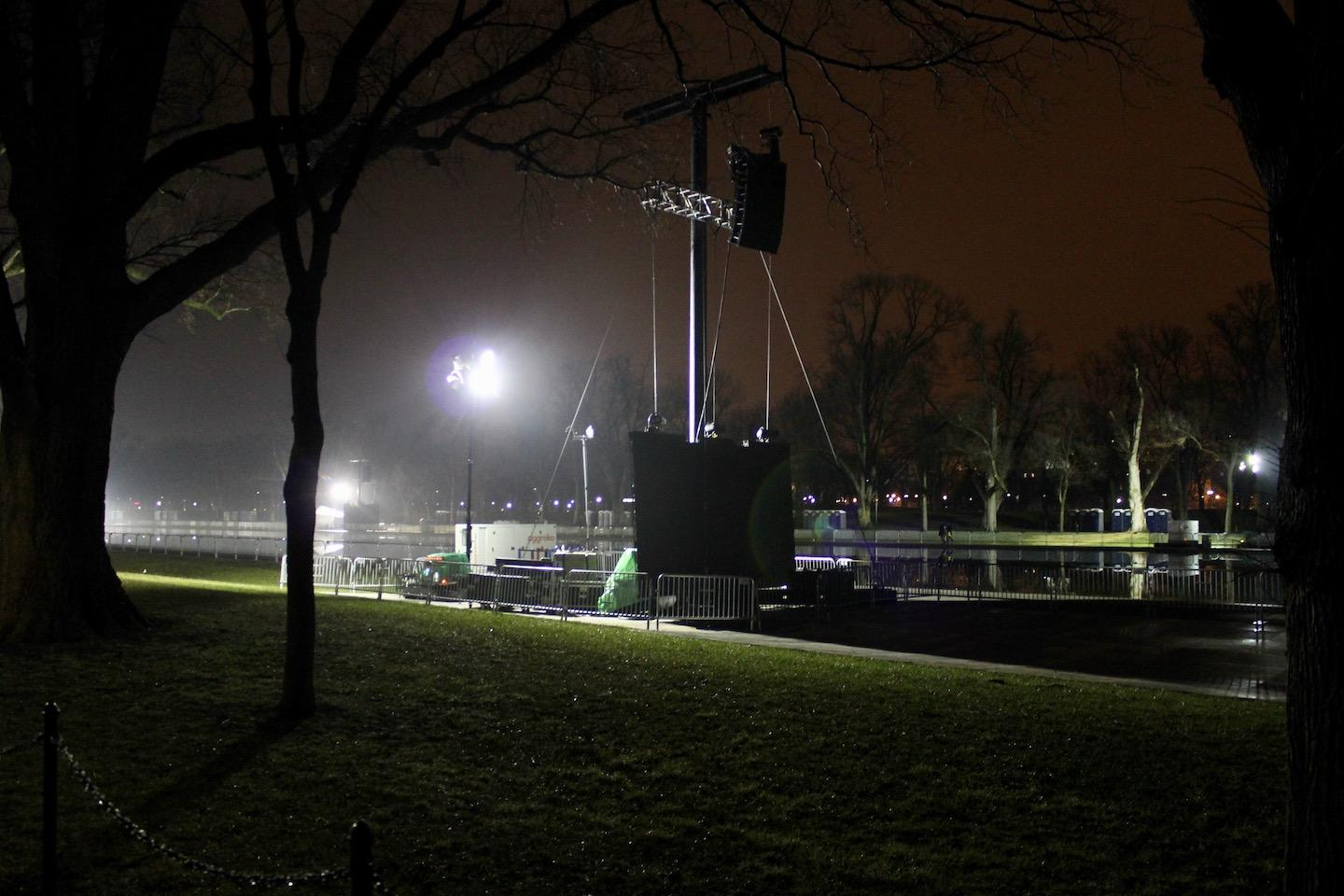 Prepping+The+Mall..+there+are+sets+of+speakers+like+this+every+250+feet+in+order+to+make+sure+everyone+hears+it+all+come+Friday+morning.++