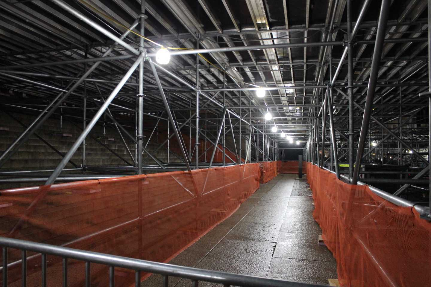 Underbelly+of+the+main+stage+of+the+Inaugural+Stage.+