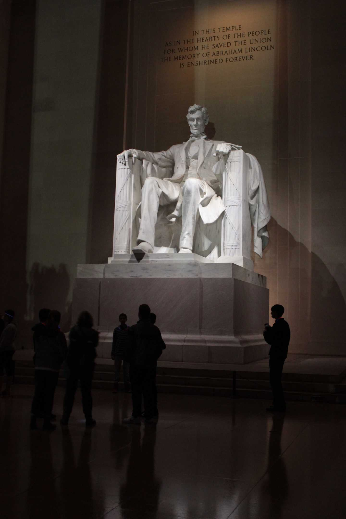 IN+THIS+TEMPLE%0AAS+IN+THE+HEARTS+OF+THE+PEOPLE%0AFOR+WHOM+HE+SAVED+THE+UNION%0ATHE+MEMORY+OF+ABRAHAM+LINCOLN%0AIS+ENSHRINED+FOREVER