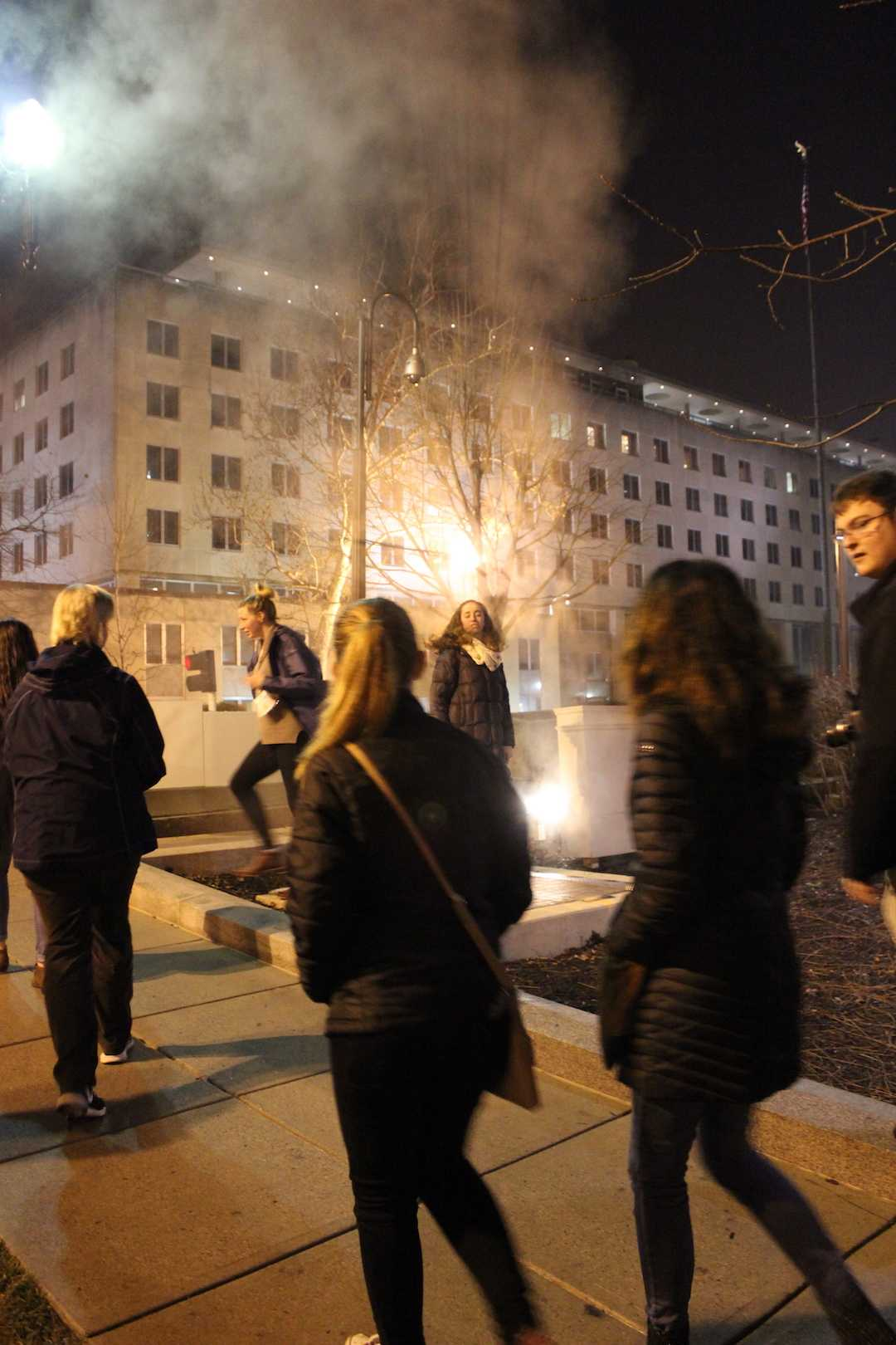 Pretending+to+be+Marilyn+Monroe+over+a+street+grate+after+a+night+of+seeing+The+National+Mall.+