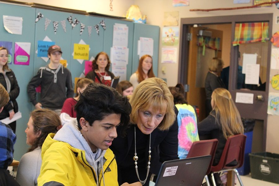 Senator+Hassan+visiting+a+10th+grade+classroom+doing+a+PACE+assessment+on+genetics.+This+interactive+website+students+work+on+allows+them+to+apply+their+knowledge+to+something+practical.++
