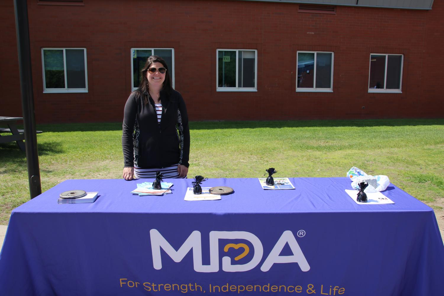 The+Muscular+Dystrophy+Association+joined+other+organizations+to+raise+awareness+to+their+cause.