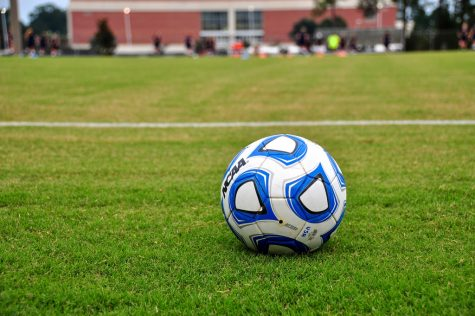 Souhegan Boys' Varsity Soccer Concedes Late Goal to Lose to Pembroke Academy